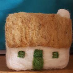 100% Irish Wool from own flock in south Kildare Irish Drinks, Irish Culture, Irish Cottage, Irish Traditions, Irish Recipes, World Cultures, Creative Design, Food And Drink, Traditional