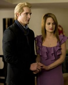 New Moon Movie - Dr. Carlisle Cullen (Peter Facinelli) and Esme Cullen (Elizabeth Reaser)