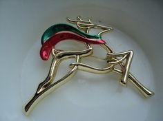 I love Christmas pins