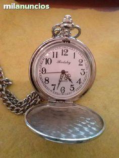 . Reloj de bolsillo marac redsky quartz, con la tapa grabada con la catedral de santiago apostol, env�o a toda espa�a, solo atiendo de preferencia por email, en las tardes despues de la 16 horas a las 22, gracias.
