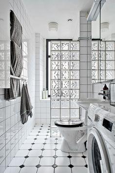 Free Home Planner Bathroom Tile Designs, Bathroom Design Small, Bathroom Layout, Bathroom Interior Design, Modern Bathroom, Home Room Design, House Design, Glass Blocks Wall, Bathroom Flooring