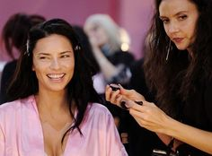 #Backstage Adriana Lima at #VSFS #hair #Makeup #beauty #styling #victoriassecret #instagood #instafashion #instabeauty #giftgiving #lingerie