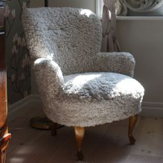 Diy Interior, Interior Design, Armchair, Chairs, Design Ideas, Cabin, Decorations, Living Room, Furniture