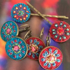 Orders #textilejewelry #hairpins #embroidery #stitchery #broderie #bordado