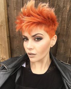 just short haircuts, nothing else. If you're thinking of getting an undercut, sidecut, pixie, or Pixie Hairstyles, Pretty Hairstyles, Punk Pixie Haircut, Haircuts, Chanel Corte, Short Hair Cuts, Short Hair Styles, Surfer Hair, Mohawk