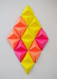 Origami Wall Art Tutorial On . I Love Origami. It Is So Versatile And It's Amazing The Things I have Seen Made Out Of Paper. Origami Modular, Diy Origami, Origami And Kirigami, Useful Origami, Origami Tutorial, 3d Tutorial, Origami Folding, Origami Templates, Box Templates