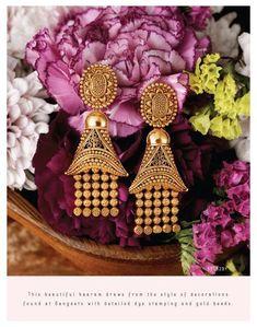 Gold Jhumka Earrings, Indian Jewelry Earrings, Gold Bridal Earrings, Jewelry Design Earrings, Gold Earrings Designs, Gold Jewellery Design, Gold Jewelry, India Jewelry, Ear Jewelry