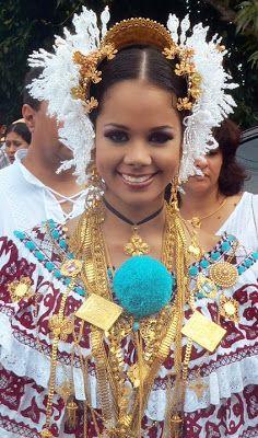 La Pollera de Panama: Seleccion de fotografias de la Pollera de gala.