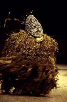 Africa | Makishi, masked dancer from ZAMBIA | © Maison des Cultures du Monde