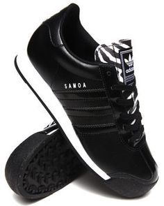 Love this Samoa W Sneakers by Adidas on DrJays. Take a look and get off your next order! Trendy Shoes, Cute Shoes, Me Too Shoes, Casual Shoes, Sneakers Fashion, Fashion Shoes, Men's Fashion, Adidas Sneakers, Shoes Sneakers