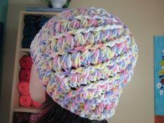 Utilizando el Punto en Crochet de Conchitas Diagonales, vamos a realizar un lindo gorro.  Parte 1 de 2