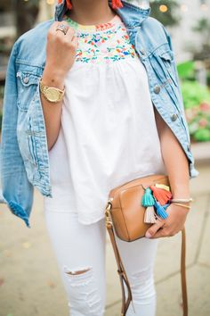 Summer Style Inspiration via Glitter & Gingham / J. Crew Factory Embroidered Tank / Abercrombie & Fitch Jeans / Rebecca Minkoff Tassel Bag / Lisi Lerch Tassel Earrings / All White Summer Outfit Pretty Outfits, Cute Outfits, White Summer Outfits, Maroon Outfit, Preppy Girl, Casual Outfits, Fashion Outfits, White Fashion, Affordable Fashion