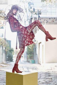 全猩紅刺繡