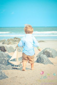 One day I will do family photos at the beach! It is prolly my favorite place to go!