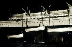 Carpathia and Titanic's Lifeboats in NY, April 1912 Titanic Deaths, Titanic Survivors, Titanic Sinking, Rms Titanic, Rms Carpathia, Original Titanic, Titanic Photos, Liverpool, Titanic History