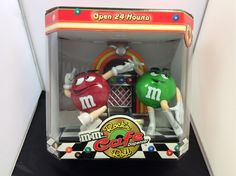 M&M Rockin Roll Cafe Dispenser NEW IN BOX