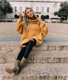 Dive into the fall comfy sweater vibes with these outfits!,Dive into the fall comfy sweater vibes with these outfits! Find the right all outfit inspo for you with sources! fall outfit women, fall outfit for te. Classy Fall Outfits, Simple Winter Outfits, Fall Outfits For Teen Girls, Fall Outfits 2018, Fall Outfits For Work, Mom Outfits, Trendy Outfits, Winter Style, Casual College Outfits