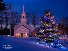 New England Christmas Marlow, New Hampshire Marlow is a picturesque Yankee rural village on the northern edge of Cheshire County in New Hampshire. -   Michael Blanchette Photography www.michaelblanchette.com