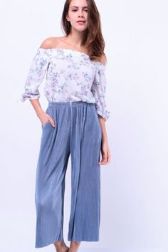 Pleated Shimmer Culottes (Dusty Blue) S$ 34.00