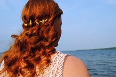 That Flower Child: DIY Mermaid Inspired Sea Shell Crown - #CountdownToWayHome