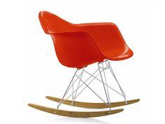 Cadeira de balanço de plástico RAR Coleção Plastic Armchair Group by Vitra | design Charles & Ray Eames