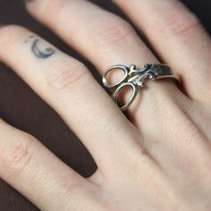 I want that ring for my graduation present from cosmetology school!!