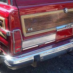Shiny red Wagon
