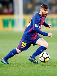 Top 10 Best performances of Lionel Messi. Lionel Messi, 6 times Ballon D'or winner , is undoubtedly the best Footballer on Earth. Messi Pictures, Messi Photos, Soccer Pictures, Cristiano Ronaldo Lionel Messi, Messi And Ronaldo, Neymar, Lional Messi, Messi Fans, Lionel Messi Barcelona