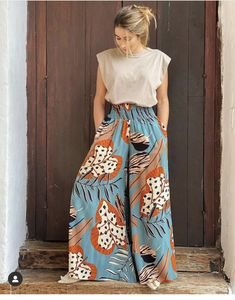 Stage Outfits, Casual Outfits, Fashion Outfits, Womens Fashion, Western Dresses, Western Wear, African Dress, Dress Codes, Street Style