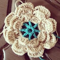 Annoo's Crochet World: Flower Free Pattern