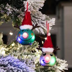 LED Weihnachtskugeln Papier Christmas Colour Schemes, Christmas Colors, Christmas Tree Decorations, Christmas Holidays, Christmas Ornaments, Holiday Decor, Beautiful Christmas Trees, Christen, Led