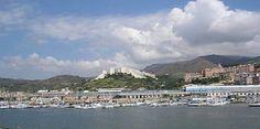 Vendita a Genova Genova Prà, costruzione recente, vera occasione, vendesi a prezzo trattabile ampio locale uso magazzino/cantina o p.