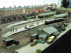 Ho Trains, Model Trains, Ho Train Layouts, Big Bertha, Train Set, Model Building, Small World, Railroad Tracks, Scenery