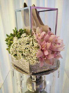Unique Wedding Gifts, Wedding Keepsakes, Engagement Box, Malay Wedding, Marriage Decoration, Wedding Gift Wrapping, Wedding Preparation, Floral Wedding, Diy Wedding
