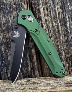 Benchmade EDC Pocket Knife 940 Plain Satin Blade Green Handle - Everyday Carry Gear