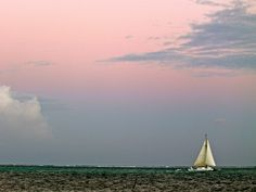 Charter a #sunset #sail and get away from it all in #Belize. #VacationPackagestoBelize
