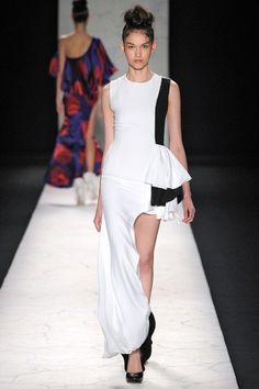 Filhas de Gaia Fashion Rio. Assimetria. Black and White.