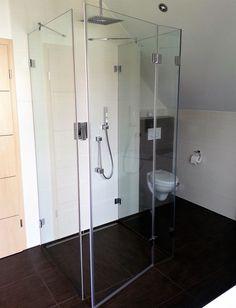gro e dusche mit kleinem podest badezimmer der vitus. Black Bedroom Furniture Sets. Home Design Ideas