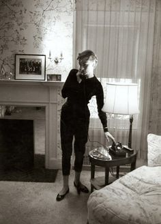 Audrey Hepburn - at home style!