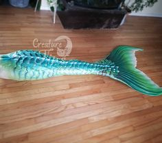 """Creature Fins on Instagram: """"Basic Kaiju fin, second tail I ever made. This was finished LAST SUMMER, 2017. I've made incredible strides since last year and I'm just…"""" Realistic Mermaid Tails, Diy Mermaid Tail, Mermaid Pose, Mermaid Fin, Silicone Mermaid Tails, Mermaid Cosplay, Tattoo Mermaid, Fantasy Mermaids, Real Mermaids"""