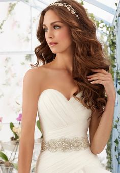 Wedding Gown Accessories Beaded Net Belt Colors Available: White, Ivory, Light Gold. Wedding Hairstyles For Long Hair, Bride Hairstyles, Headband Hairstyles, Down Hairstyles, Bridesmaids Hairstyles Down, Stunning Wedding Dresses, Bridal Wedding Dresses, Bridal Hair, Wedding Hair Side