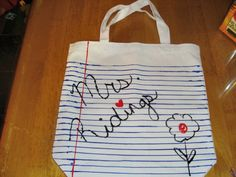 cute DIY gift for teachers | or mate a cute cheap make it yourself purse for teachers to carry extra school supplies in.