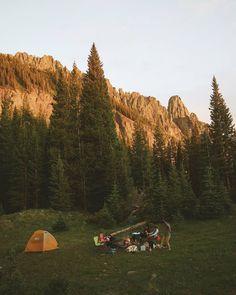 Camping Aesthetic, Go Hiking, Go Outside, Camping Hacks, Van Life, Dream Life, Daydream, Granola, Habitats