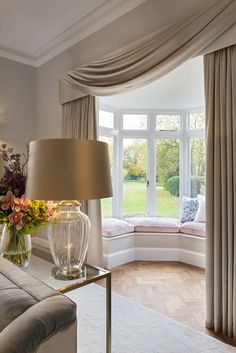 Bay window seating with silk curtains, cream jacaranda rug and glass table lamps. Bay Window Curtains Living Room, Window Seat Curtains, Home Curtains, Silk Curtains, Bay Window Design, Bay Window Decor, Romantic Bedroom Design, Luxury Curtains, Luxury Interior Design