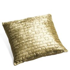 Goldie cushion, Pfister