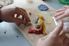 zimna-porcelana-przepis-cold-porcelain-tutorial-home-made-diy, prace plastyczne, kids art, zabawy dla dzieci, kreatywnezabawydladzieci.pl, play doh