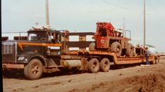 Totran last load out of the Gordon Riley yard 1979 Heavy Duty Trucks, Heavy Equipment, Transportation, Oil Field, Yard, Rigs, Fields, Guy, Classic