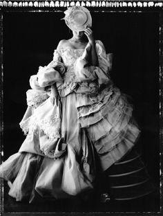 Cathleen Naundorf - the new Marie Antoinette