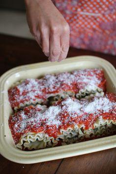 Lasagna roll-ups. Servings: 6 lasagna roll ups Calories: 228 per lasagna roll Weight Watchers Points Plus Value: 6 pp per roll Get in my belly.