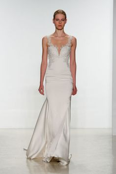 12 Gorgeous Backless Wedding Dresses - Wedding Gowns With Sheer, Lace, and Keyhole Back Details